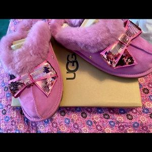 Ugg pink sequins bow coquette slippers NWT & box